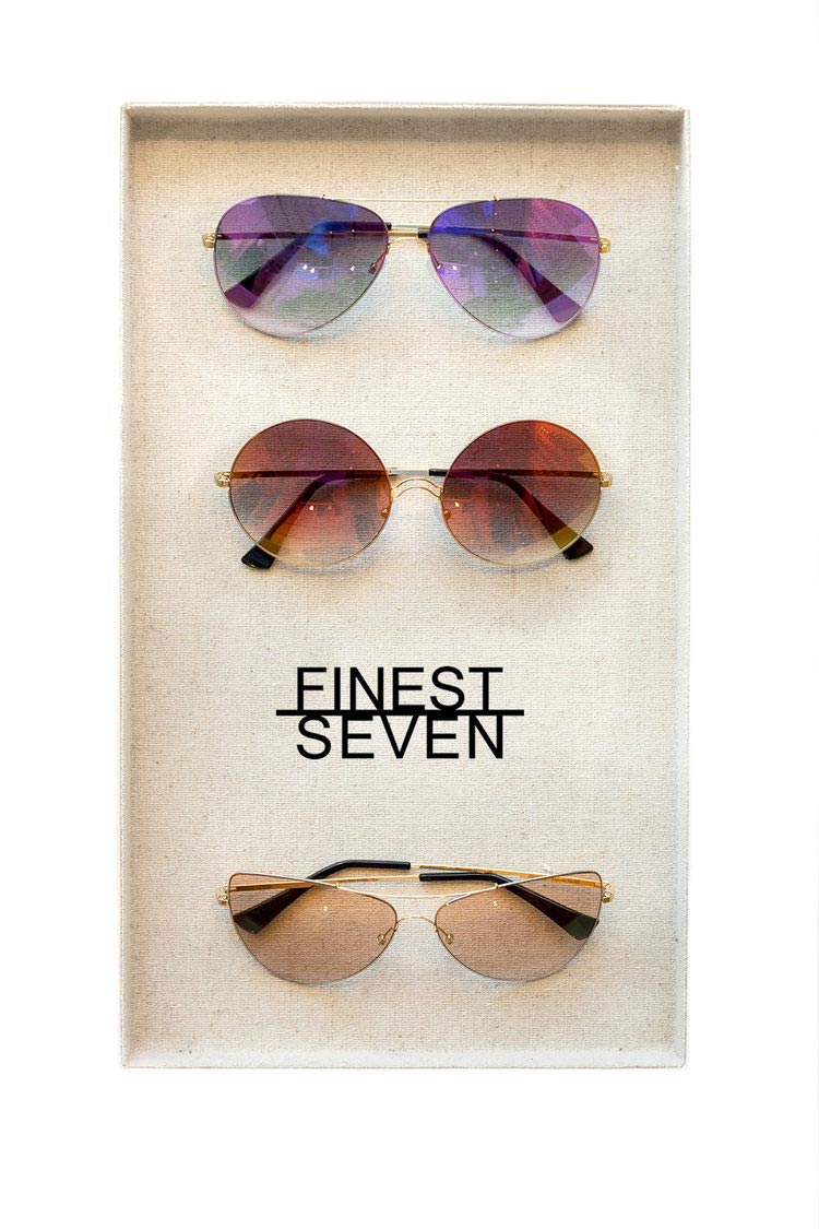 finest seven frames in a tray