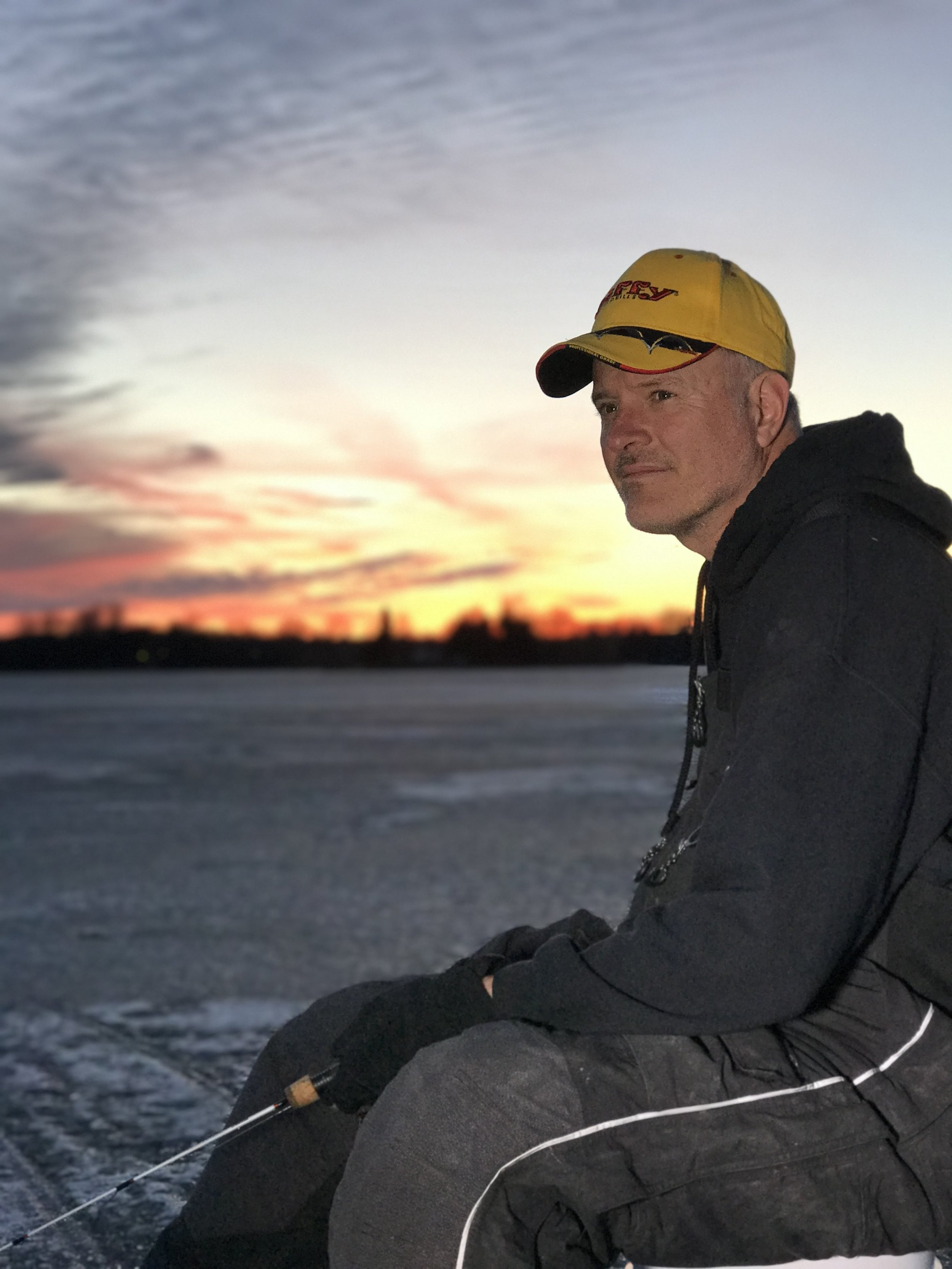 - Perhaps one of the area's most recognized fishermen, Dale Stroschein, prides himself on educating those who wish to learn to fish the Door County and Green Bay waters. Whether its trophy walleye or mammoth smallies you are seeking, Dale will safely navigate you to his favorite (and sometimes