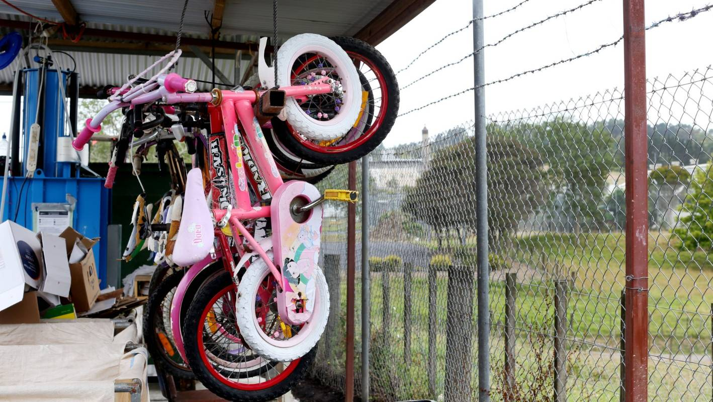Prisoners at Auckland Prison are fixing up bikes and also giving back to the community. Credit: David White Fairfax Media