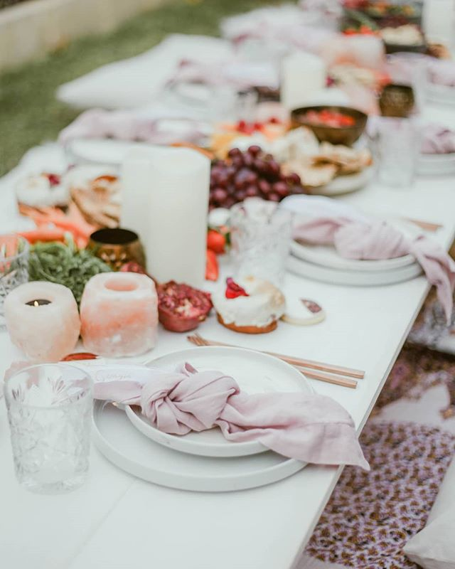 Perfect Saturday afternoon boho soiree featuring our Rani White Picnic Package with added pink salt tealights and LED pillar candles  Imagery + Concept @opalimagery  Vegan Grazing @karakaraperth  Vegan Cake//Mini Donuts @cakesbycarli88  Florals @bohemianflowercollective TTableware @alatablerentals Large Vegan Donuts @carinaskitchenperth  Feather Placecards @squiddlyink  Name Sign @barley.boy  #prettywillowhire #prettywillowpicnic  #prettywillowstyling #perth #picnic #raniwhitepicnic #perthbirthday #boho #bohostyling #bridalshower #hens #pinksalttealightholder