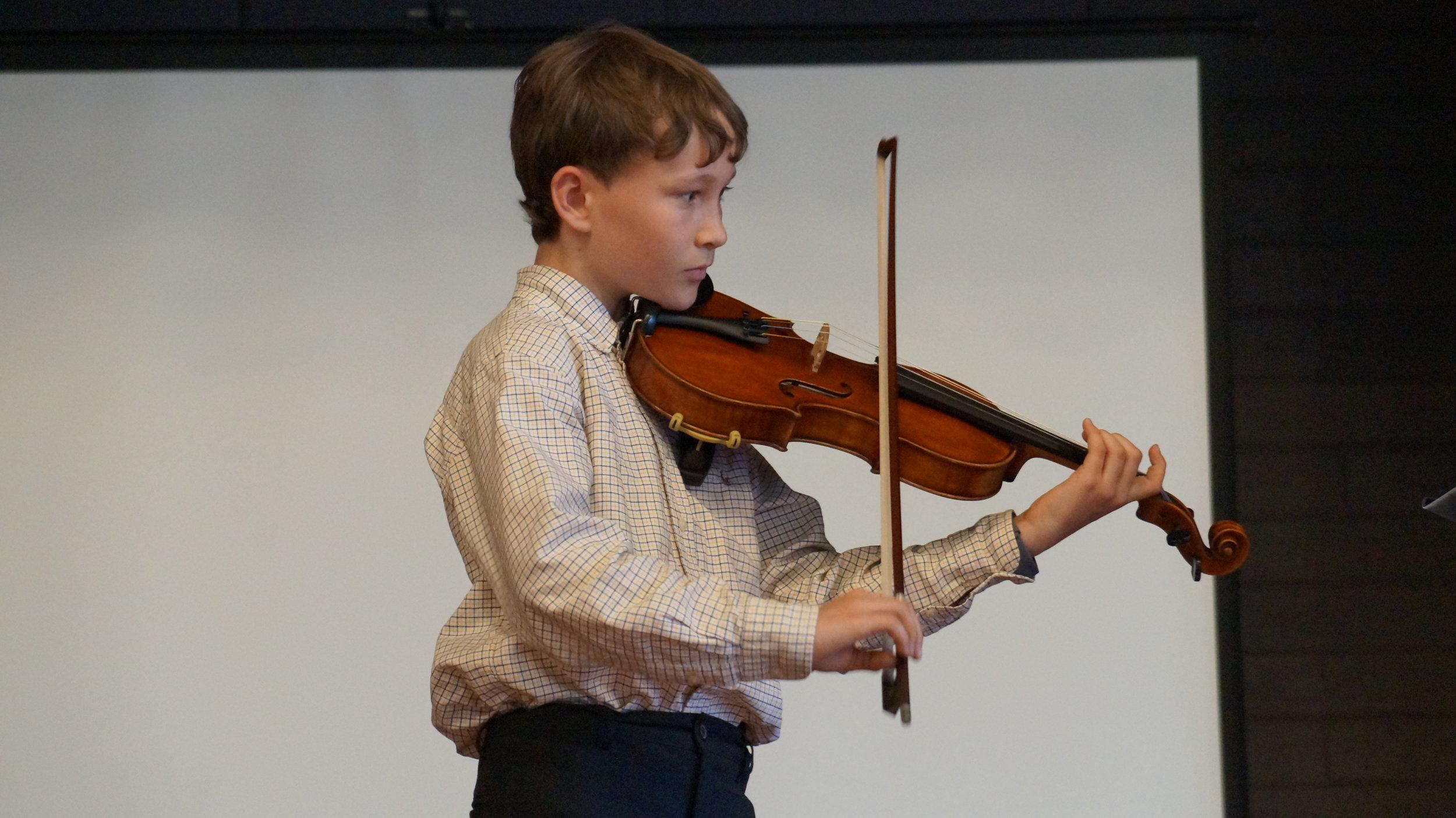 Miles Antaya . Violin
