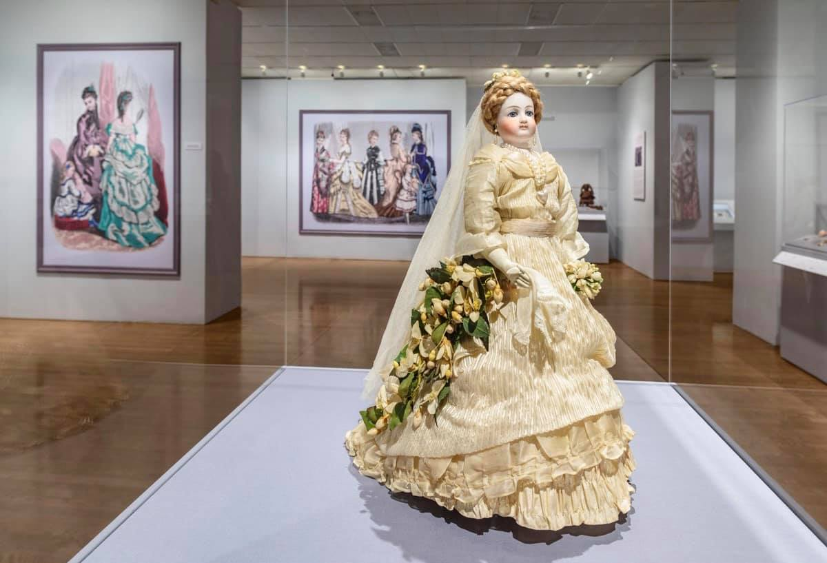 Little Ladies: Victorian Fashion Dolls and the Feminine Ideal
