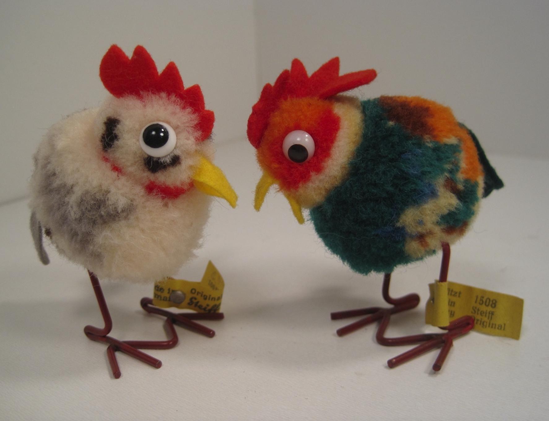 postwar Steiff woolen mini hen and rooster .jpg