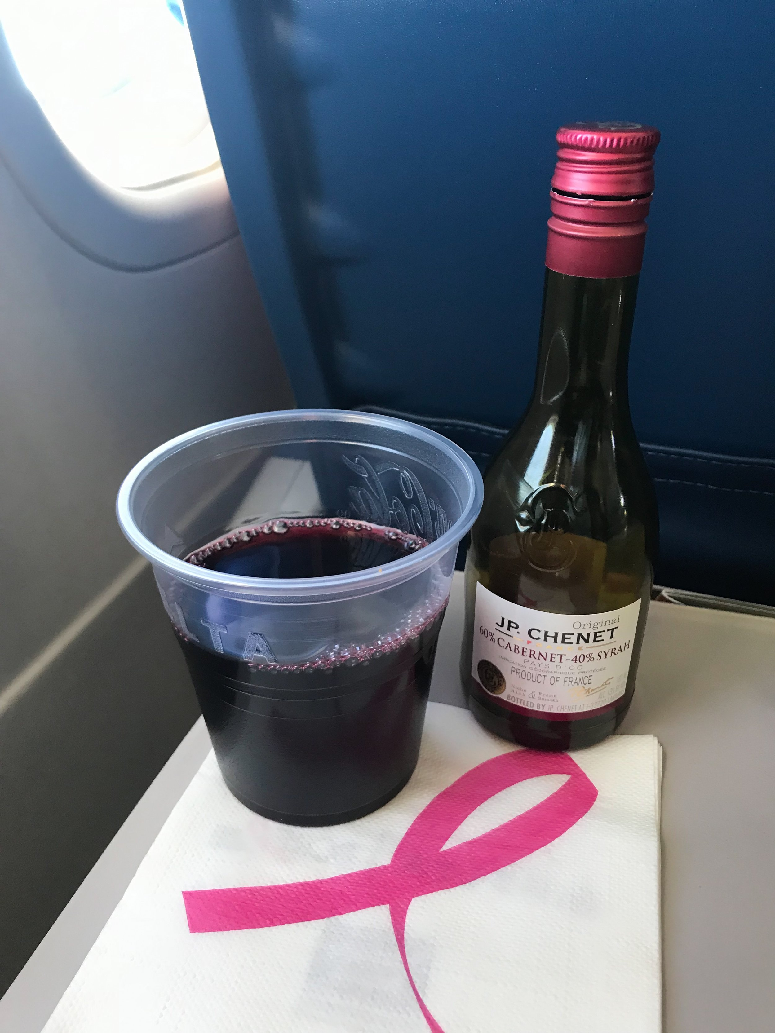 Alcoholic beverages are available for purchase in Main Cabin. Delta is a cashless airline, so have a credit or debit card ready. Non-alcoholic beverages are complimentary.