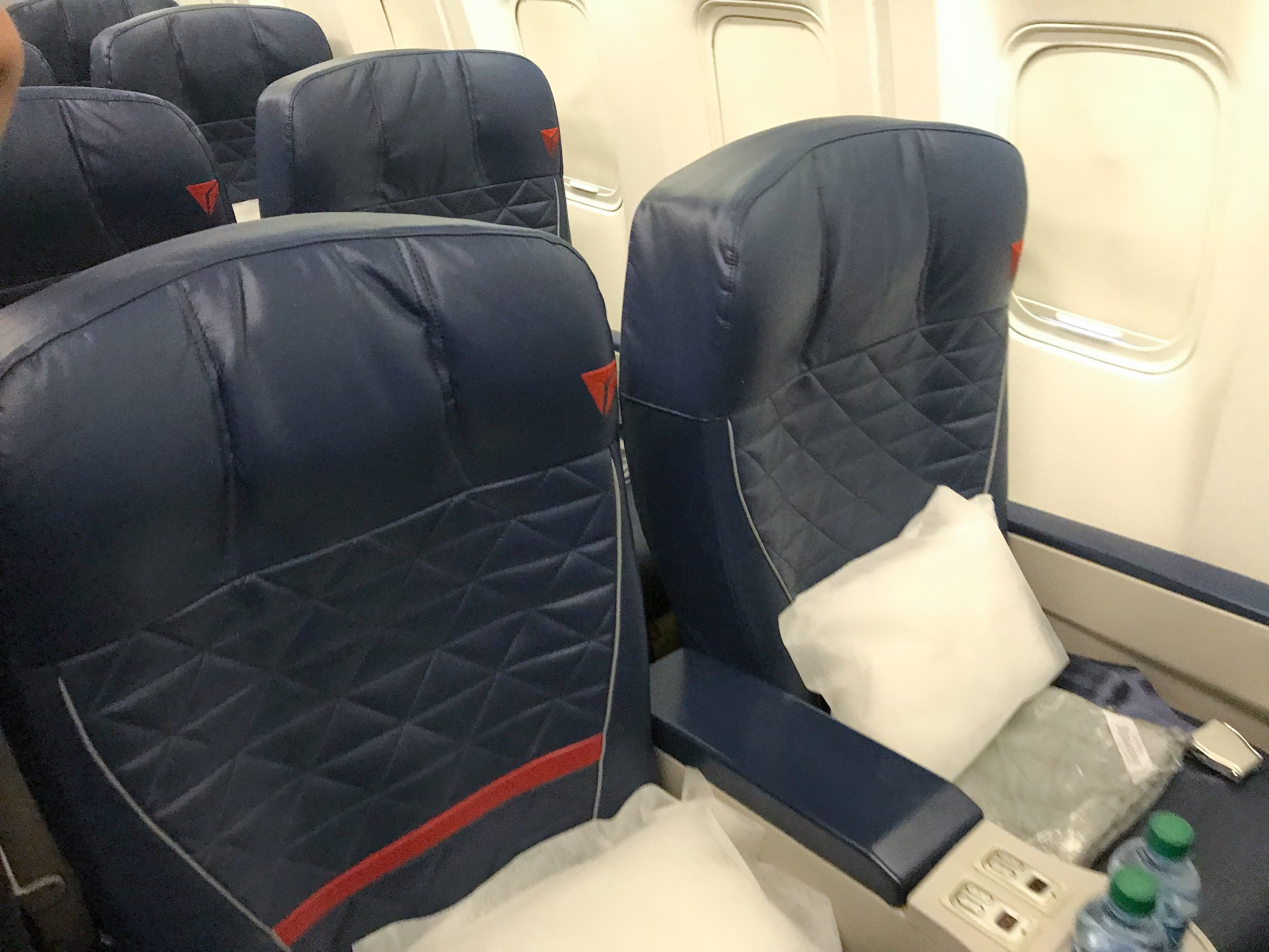 76Q - First Class: 30 SeatsDelta Comfort+: 35 SeatsMain Cabin: 196 Seats