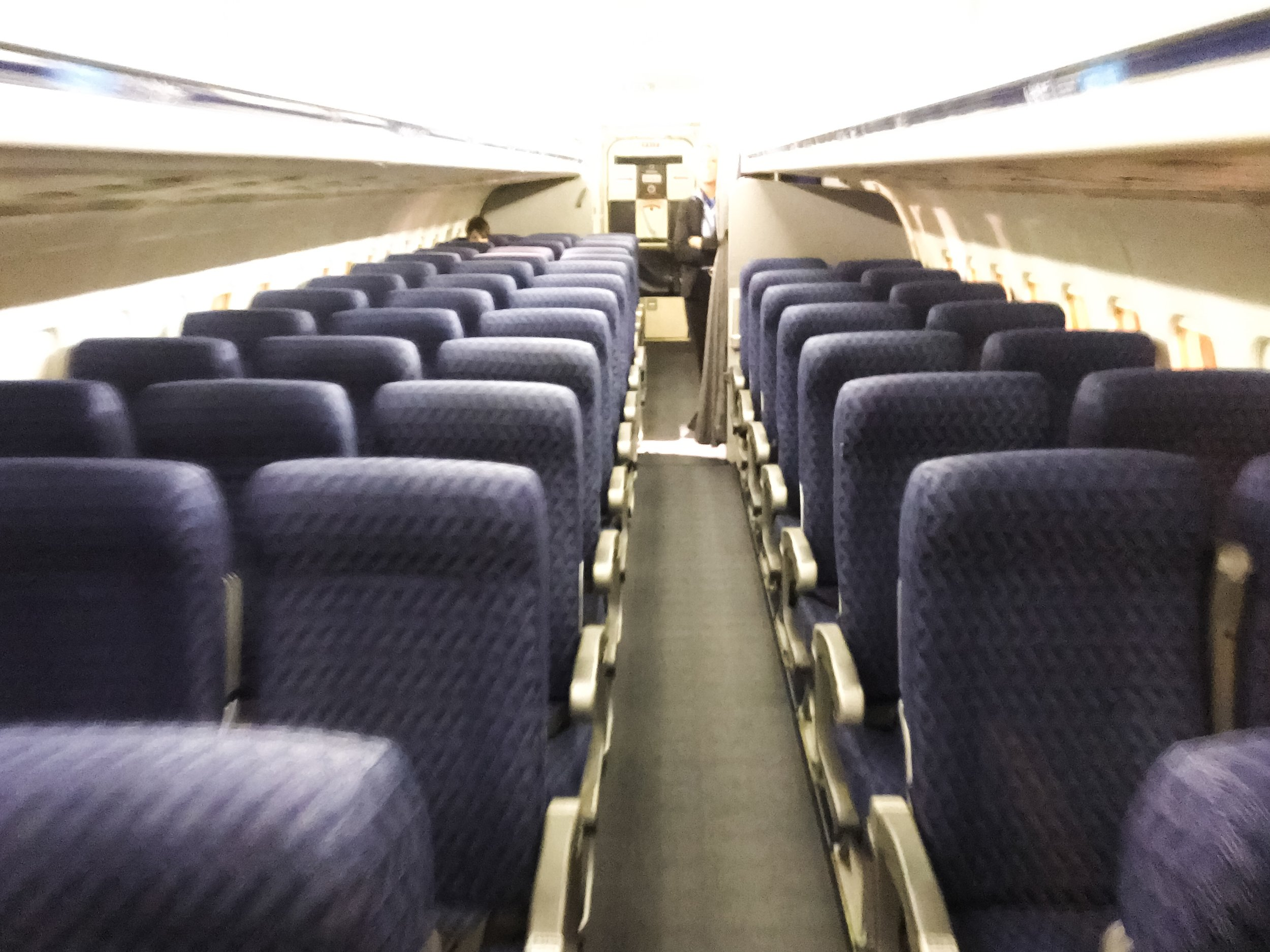 While most passengers won't miss the MD-80 itself, the 2x3 seating layout was always a fan favorite.
