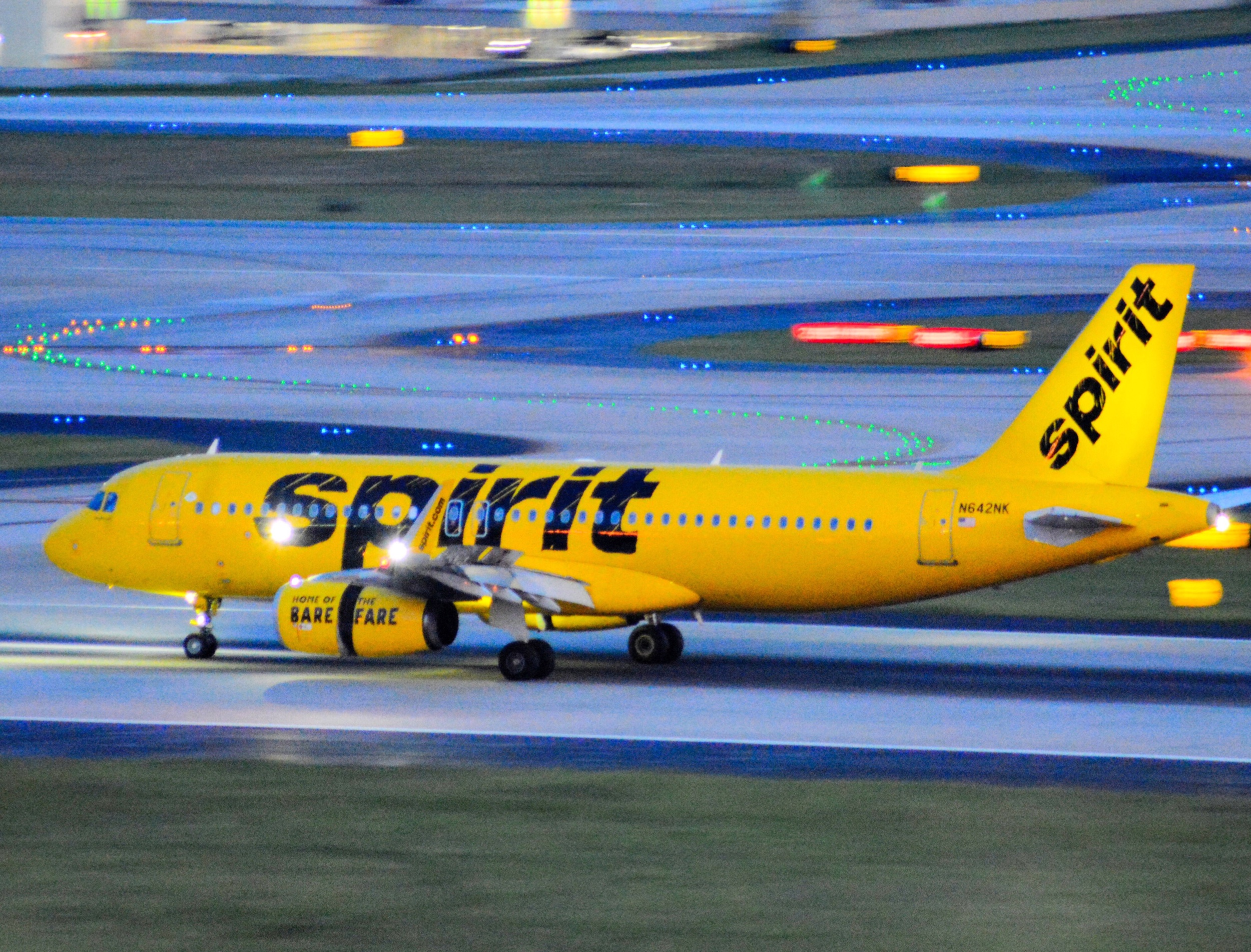 AIRCRAFT FLEET - Spirit operates a large fleet of narrow-body aircraft. Get detailed information about each plane, and see cabin and exterior photos.