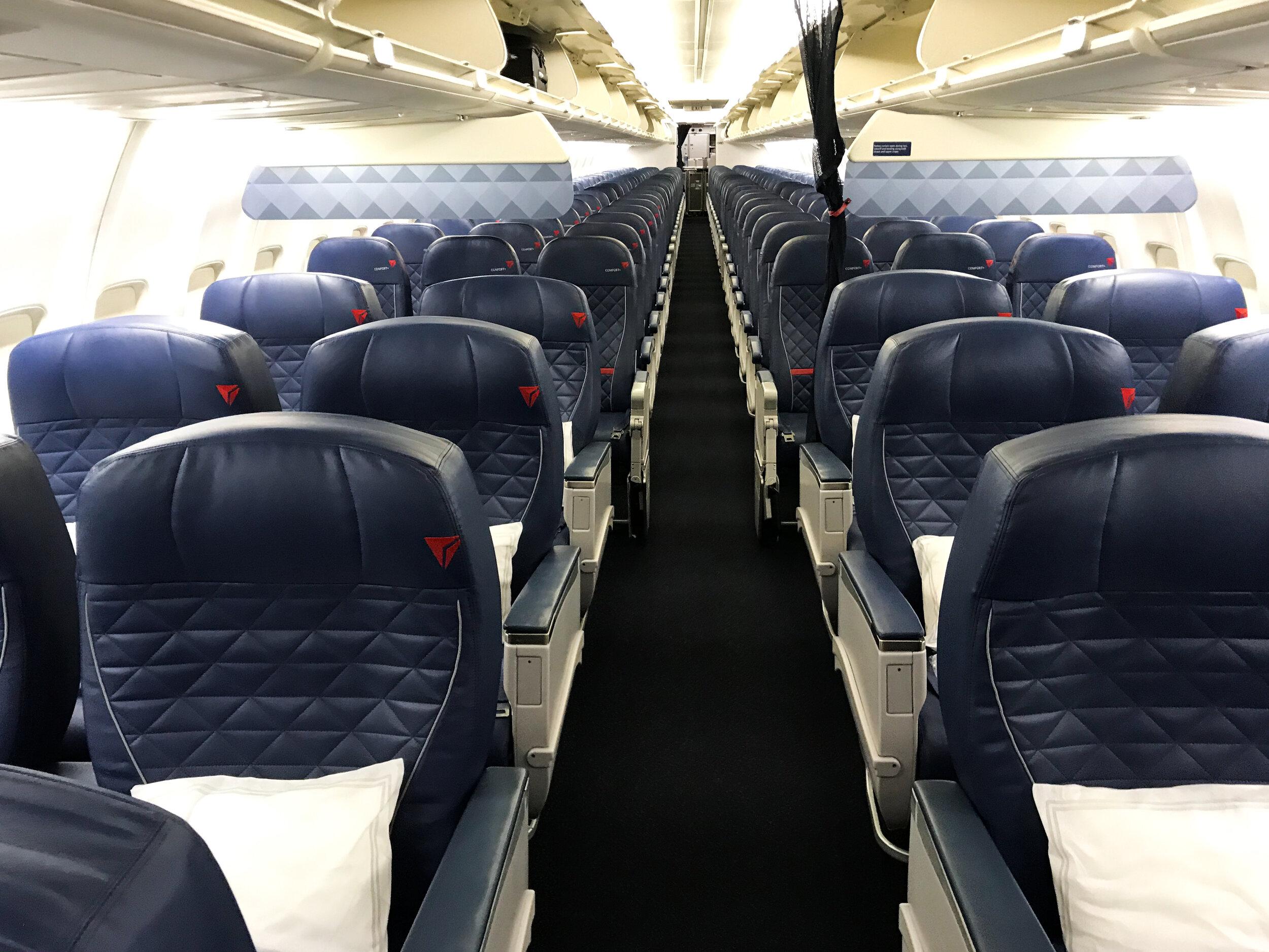 Delta First Class 737 800 Los Angeles Las Vegas