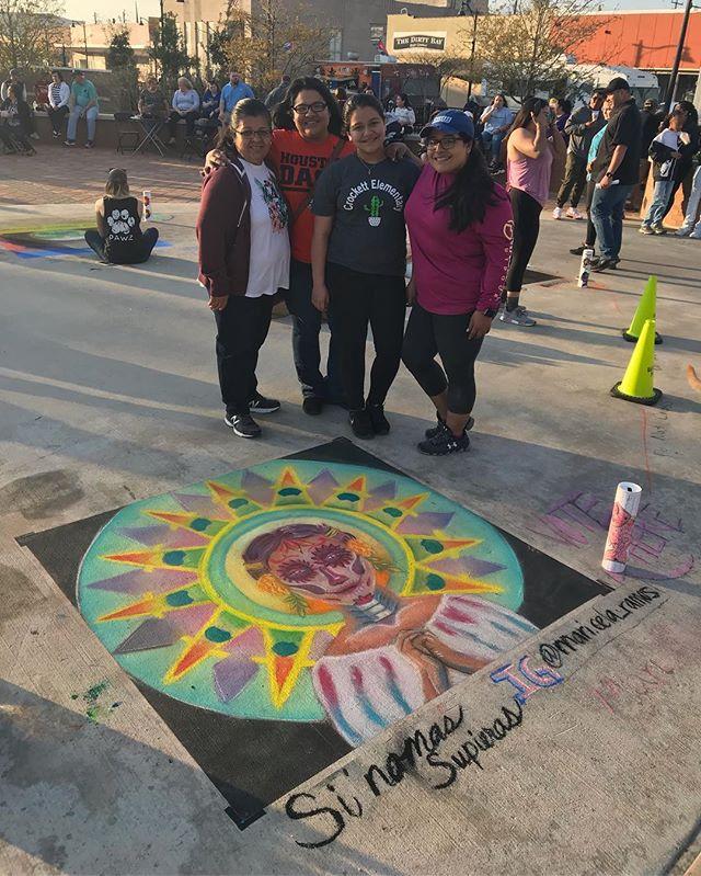 Don't know where I'd be without them!!! Family is everything! . . . . #cultura #insta #chalkart #art #artist #artists #artrunsdeep #diademuerto #diadelosmuertos #dayofthedead #htx #tx #texas #latina #latino #latinx #raza #baytown