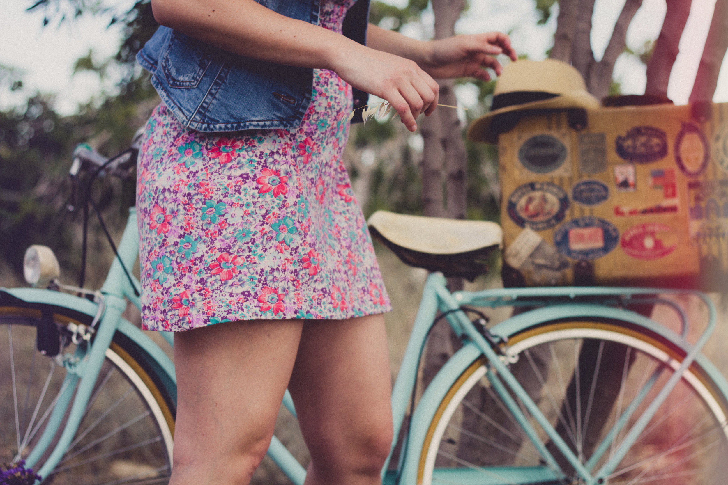 Hyr Cykel - Upptäck Båstad och Bjäre från sadeln på en av våra cyklar som vi hyr in via Memil. Cyklarna hyrs via vår bokningssida när du bokar ditt rum, cyklarna hyrs ut dygnsvis.