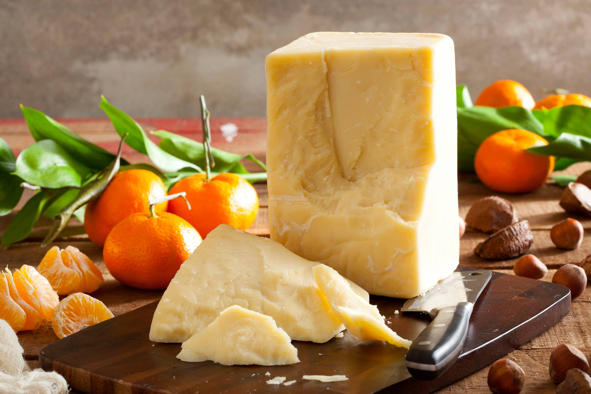 Aged Cheddar - A fine aged artisan Cheddar from Wisconsin.Aged for at least 17 months, this cheddar has won numerous international awards.$7.40 per 100g