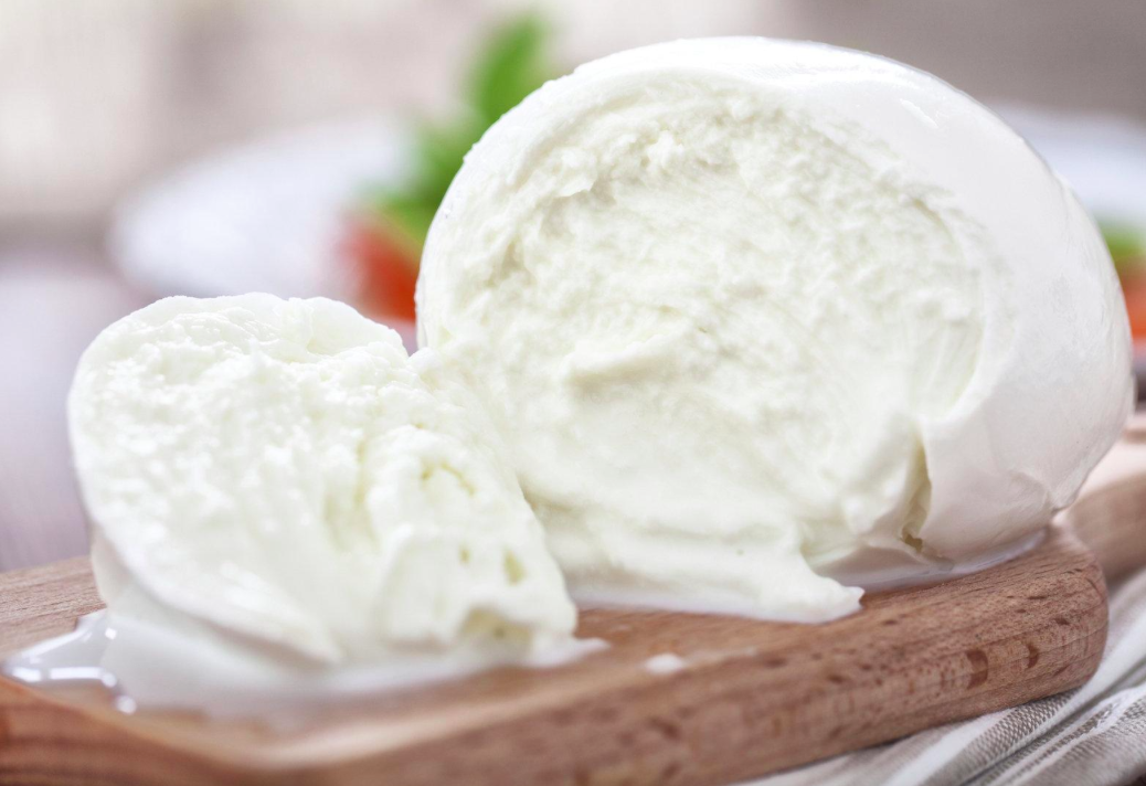 Buffalo Mozzarella - We receive a weekly delivery of fresh 100% buffalo milk mozzarella from South Australia. Sometimes, but not always, surplus stock is available on Monday's following the weekend markets. Otherwise you can place an order to ensure your delivery.$8.70 per 100g (Max. $12 each 100% Buffalo Mozz. ball.)