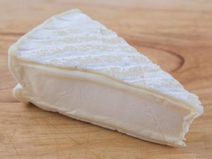Cremeux D'Argental - Produced in the Rhone-Alpes region of France, this is a very smooth creamy soft cheese. IA soft cheese with a white mould rind, it has a silky consistent texture and creamy flavour.$8.70 per 100g