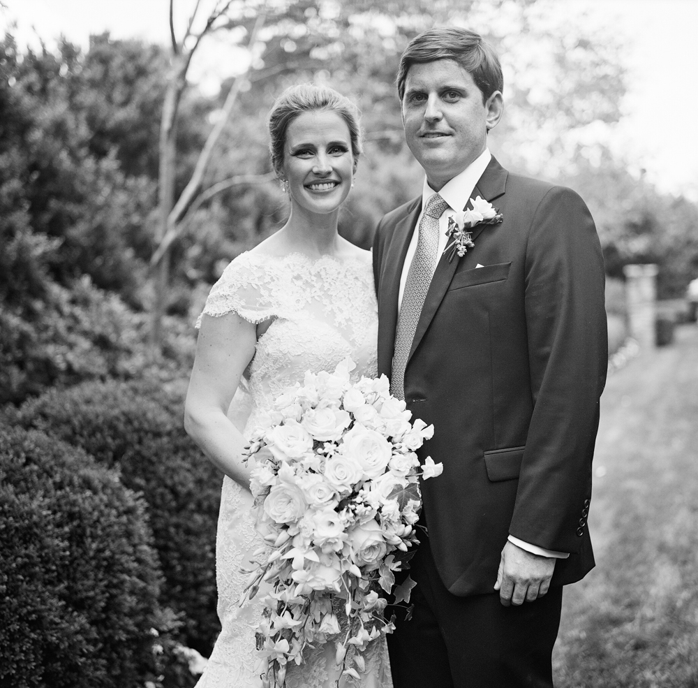 Radiant Southern Charm, Events by Reagan, Virginia Wedding, Destination Wedding Planner, First Look, Bride and Groom, Wedding Bouquet