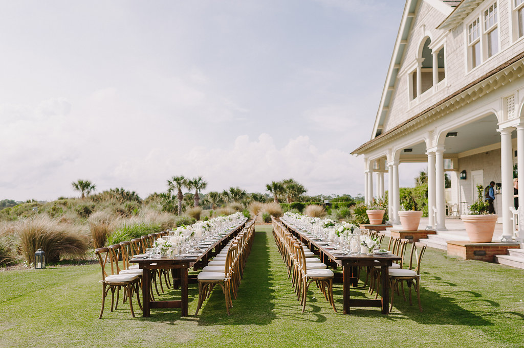 Wedding by the sea, Events by Reagan, Kiawah Wedding, Charleston Wedding Planner, Seated dinner, Table Decor, Outdoor Seated Dinner