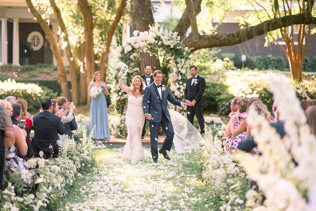 Floral+Island+Wedding,+Events+by+Reagan,+Kiawah+Wedding,+Charleston+Wedding+Planner,++Destination+Wedding+Planner,+Bride+and+Groom.jpeg