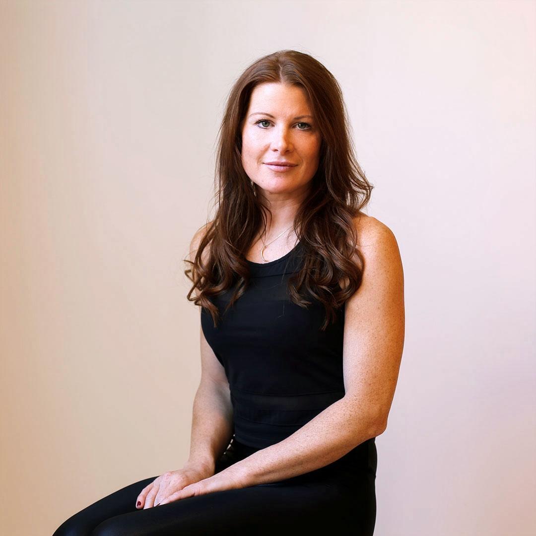 Jennifer Reynolds.  Megaformer . To take class with Jen,  click here.