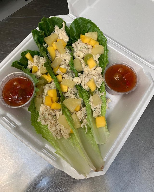 We offer pick up orders! Call us at (678)542-4206 or come by try out our menu selection. Pictured is our chicken salad mango salsa lettuce wraps! #lettucewraps #chickensalad #mango #salsa #pickupfood #togofood #freshfoodfast #crispsandwich #madetoorder #lunchservice @thecarriagevenue benefitting @abba_house women and children