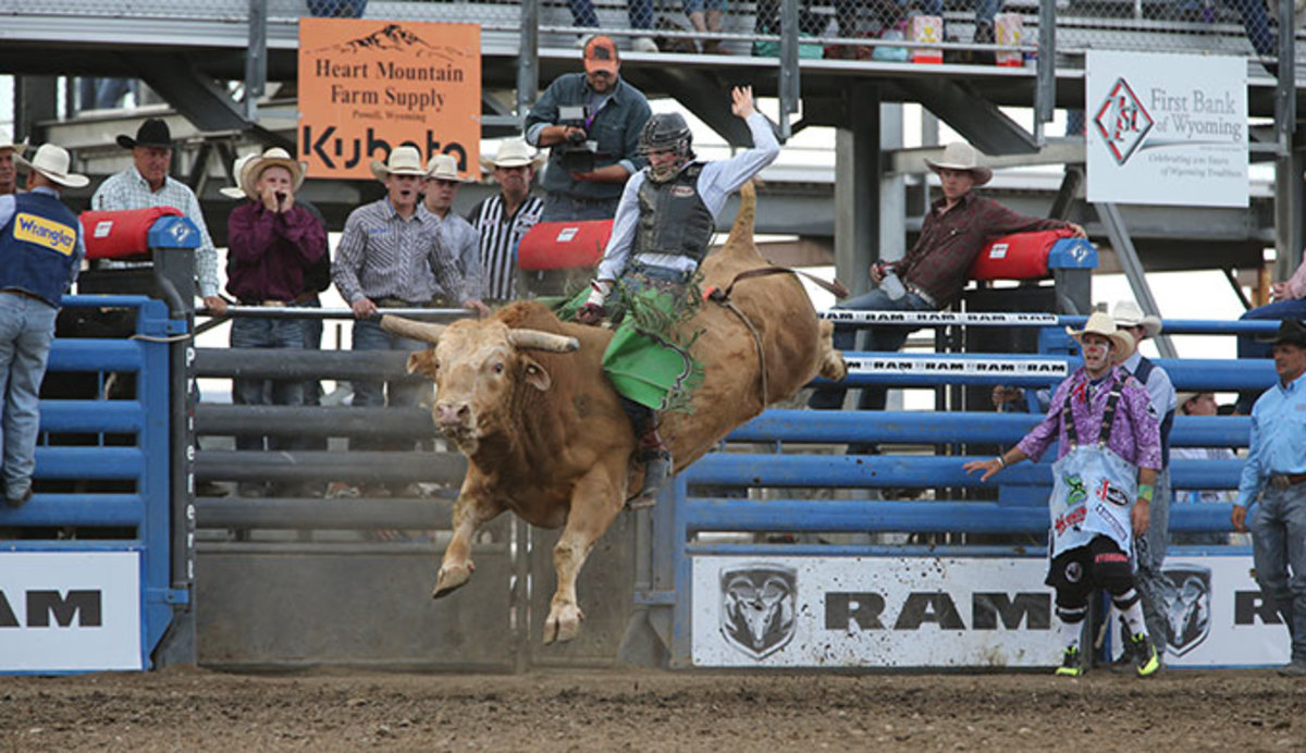 cody-rodeo-bull_680x392.jpg