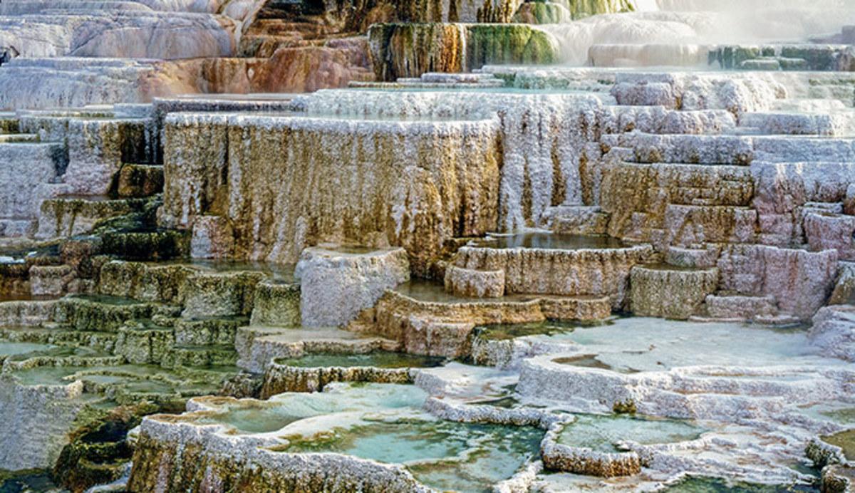 ys-mammoth-hot-springs-detail_adobe_680.jpg