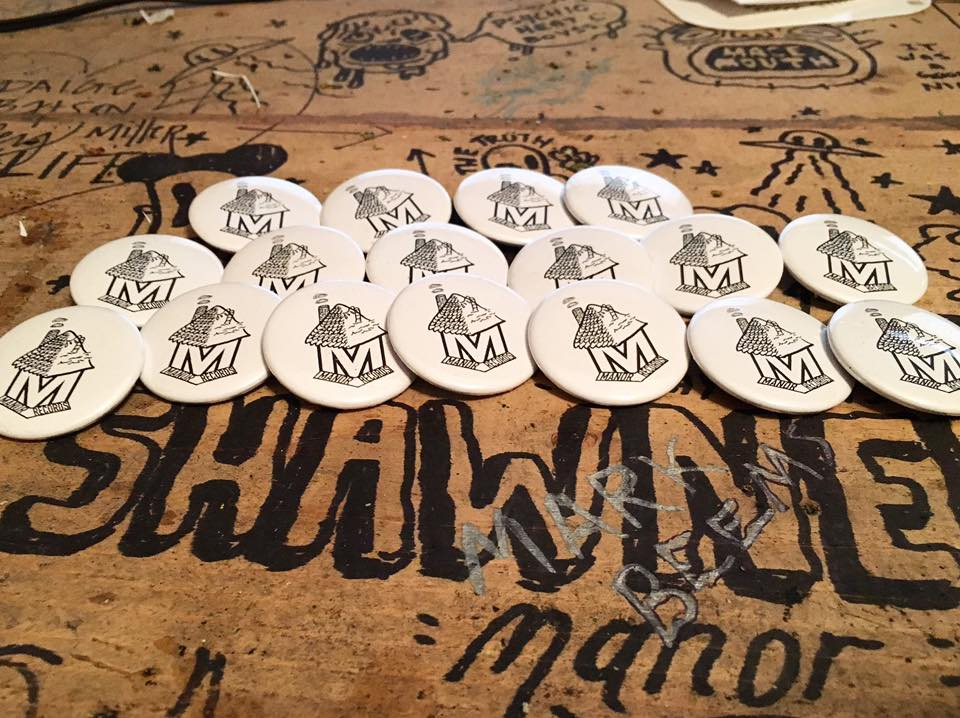 Manor Records Buttons