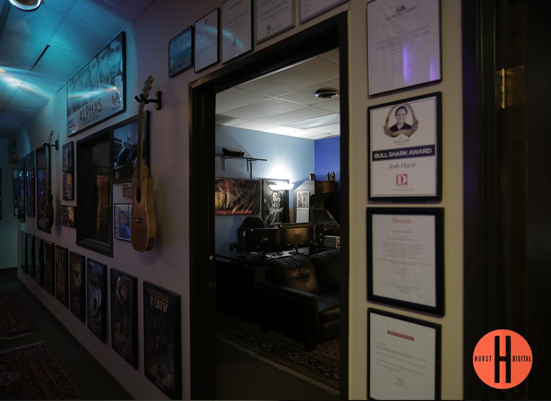 Hurst-Digital-Hallway-2.jpg