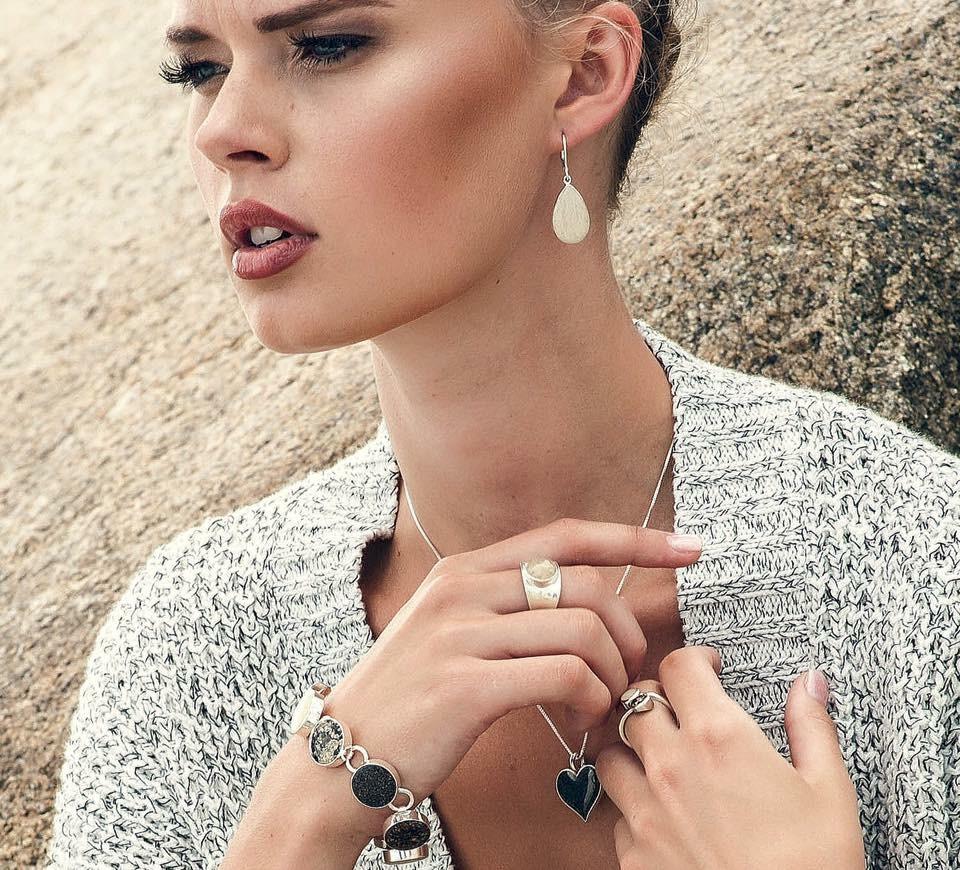 Blonde Jewelry Model