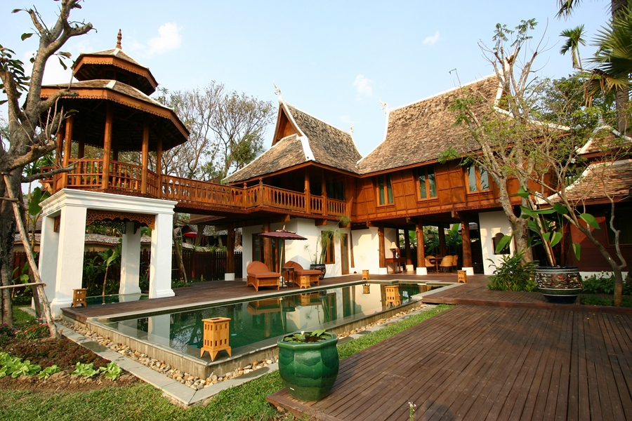 71_Grand_Deluxe_Villa_with_Pool.jpg