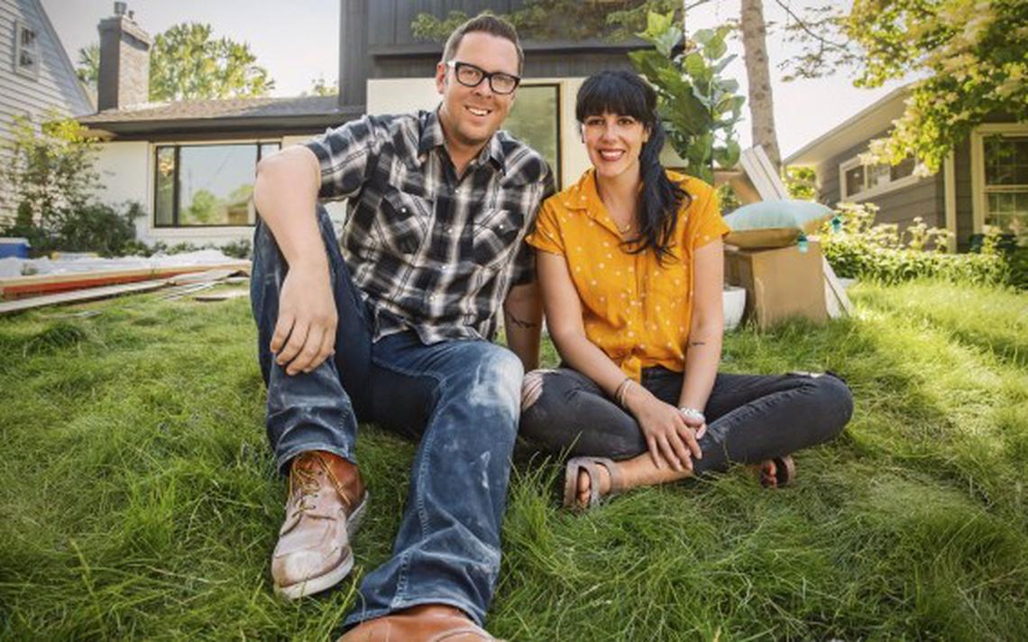 """Brad and Heather Fox's new series, """"Stay or Sell,"""" airs at 8 p.m. on Tuesdays on HGTV. (Courtesy of HGTV)"""