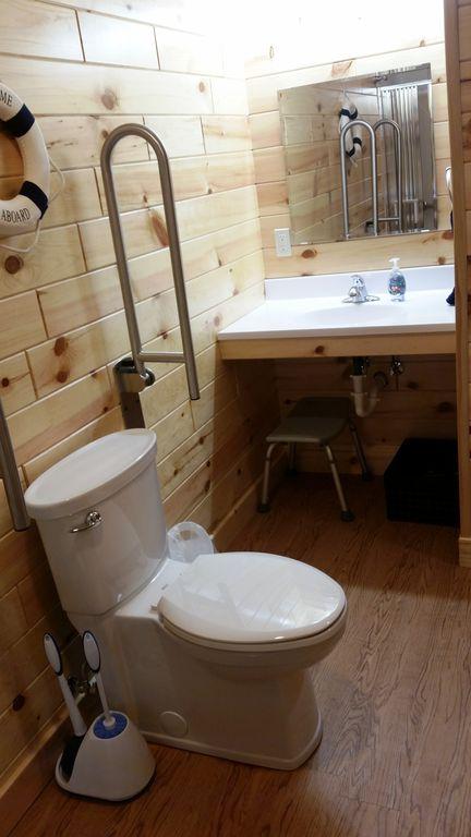 The 5 wheelchair-friendly BR-BA suites have knee room sinks, maneuvering room.