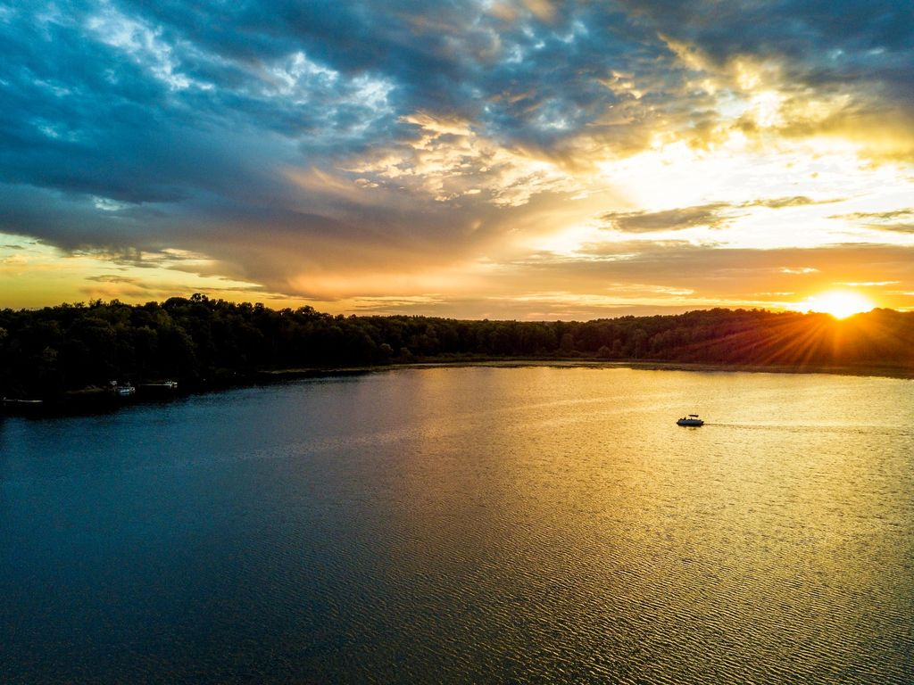 One of our favorite shots of Stone Lake...heavenly!