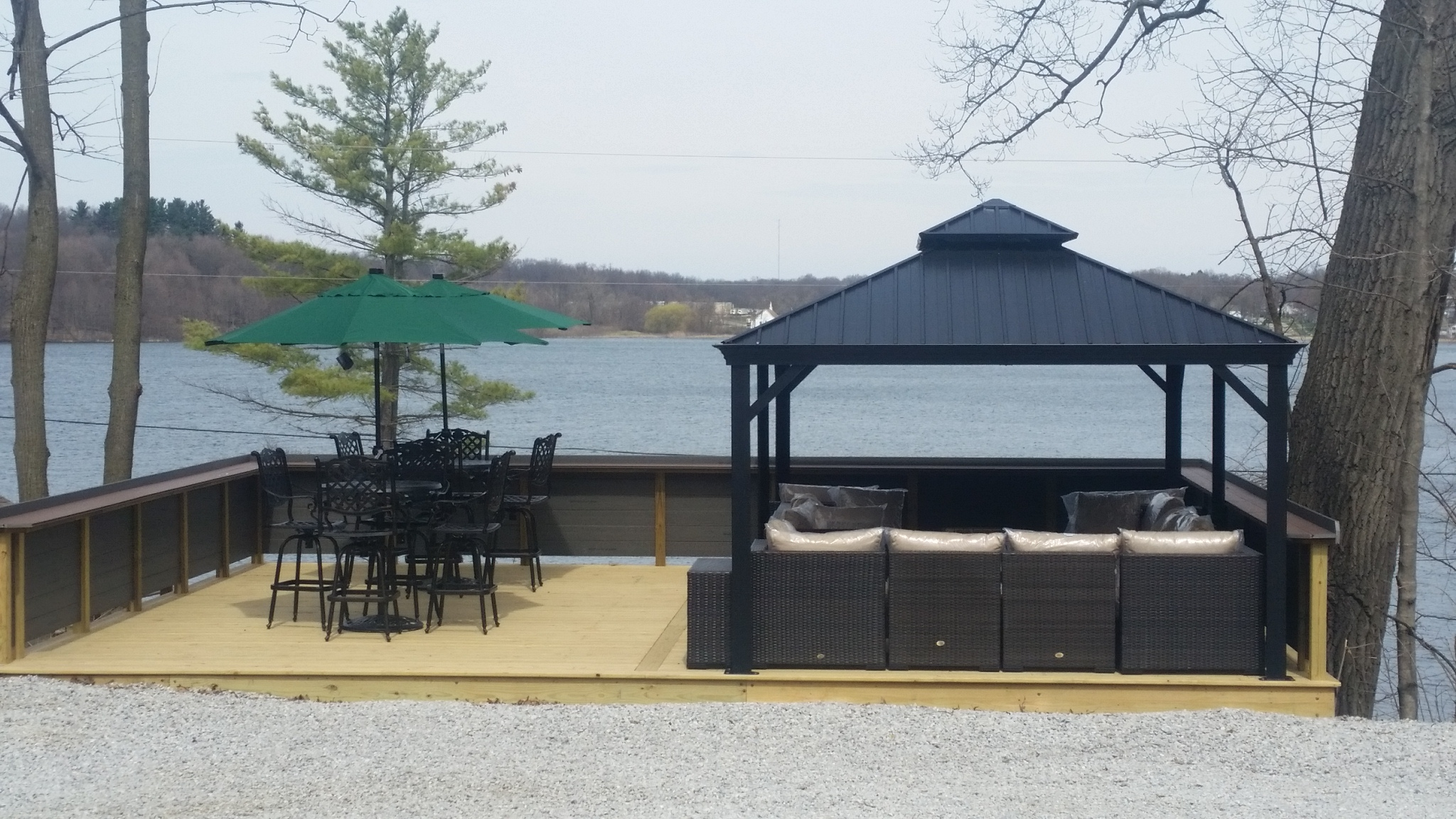 The Woodland Lodge's new 756ft² deck with 12x20' gazebo & seating for 22+ friends and family.