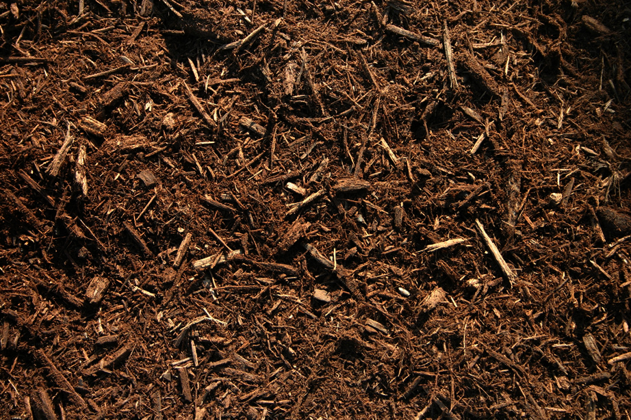Triple-Shredded-Hardwood-Bark-Mulch1.jpg