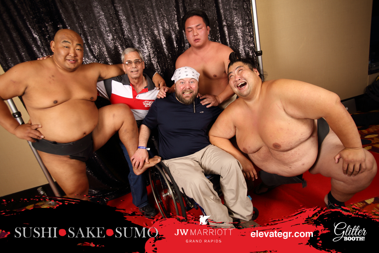 sumo2018-glitter-booth-06082018-ED0608211739.jpg