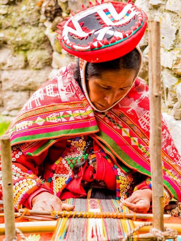 Visit Quechua Weavers