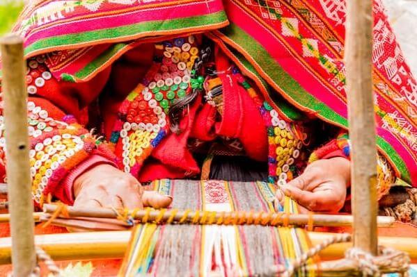 Visit Weaving Community