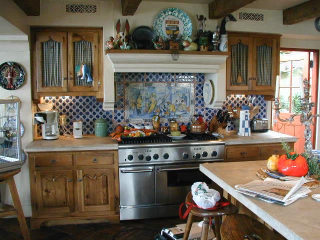 Silver Kitchen 03.jpg