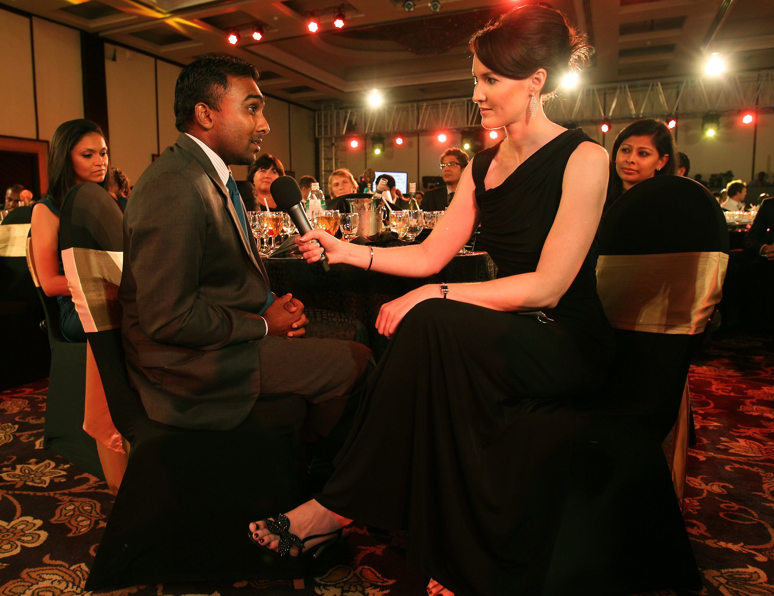 Alison Mitchell interviewing Mahela_4.jpg