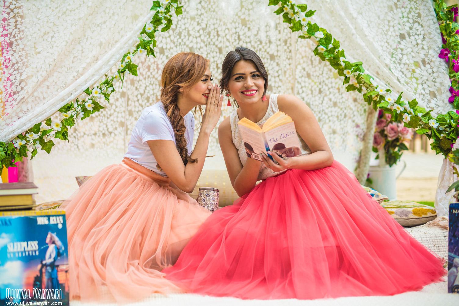 The Perfect Location | Fashion Photography | Dixika Vanvari Withlovemissd | Ashima Makhija Colorsnglitters