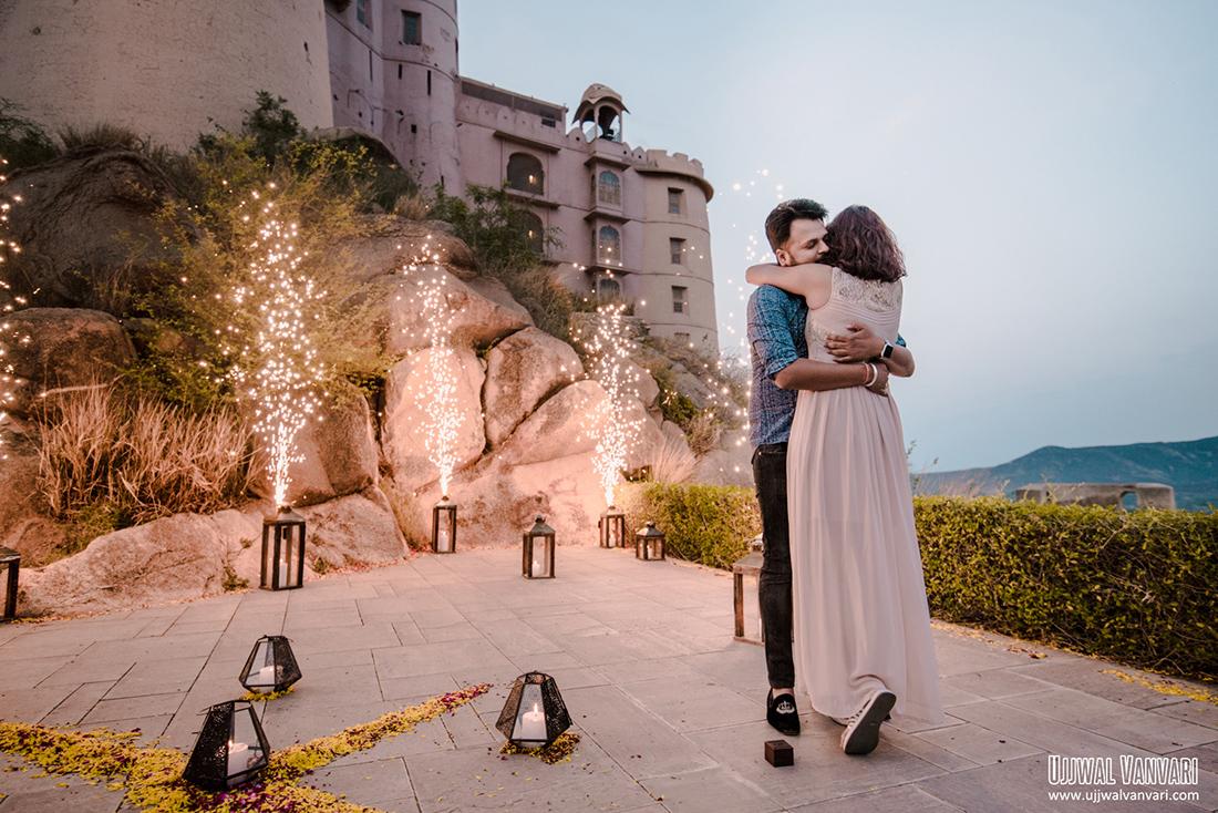 Surprise proposal at Alila fort Bishangarh