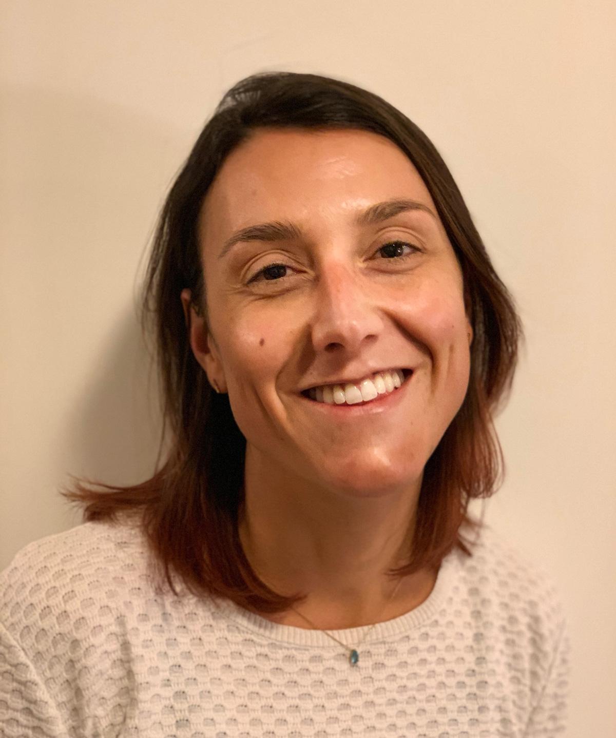 ManonMoulis-Profile-Image-Cropped.jpg