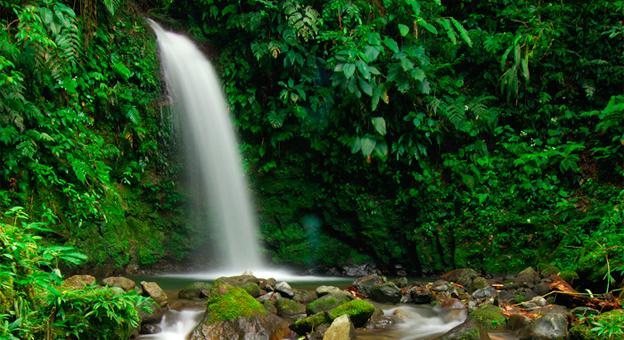 el-valle-waterfall.jpg