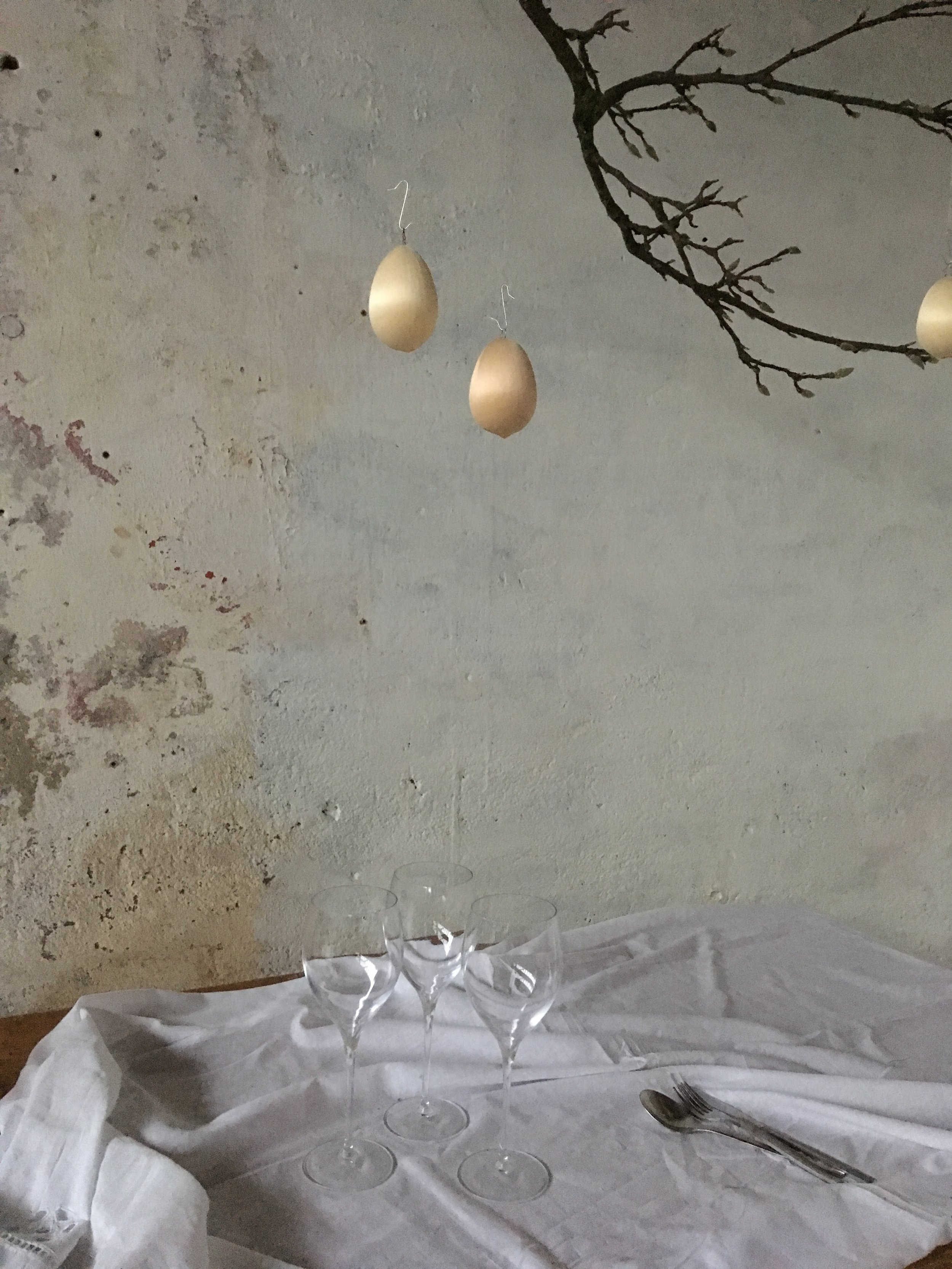 SATIN shapes - the small Eggs in ivory