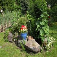 planting-a-herb-garden.jpg