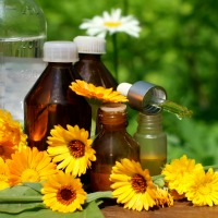 Herbal-tinctures-at-home.jpg