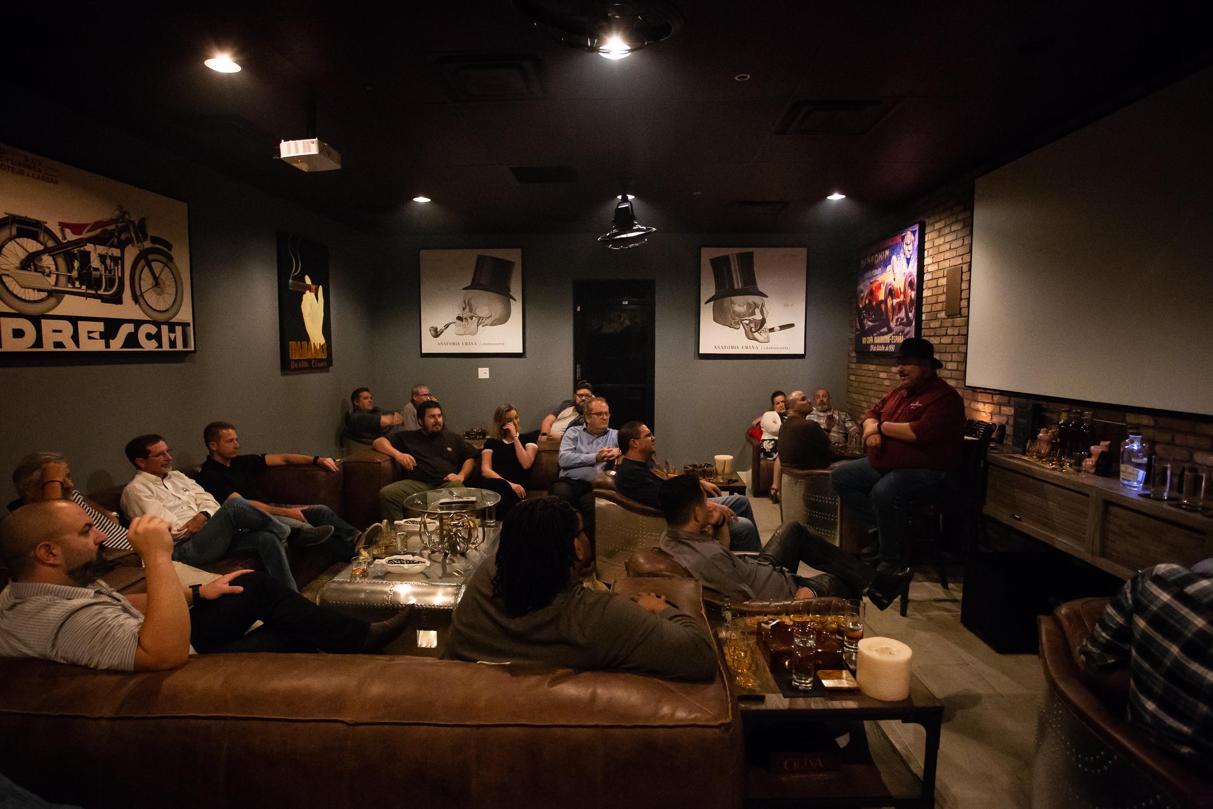 Black Diamond Lounge (Premium Rental)