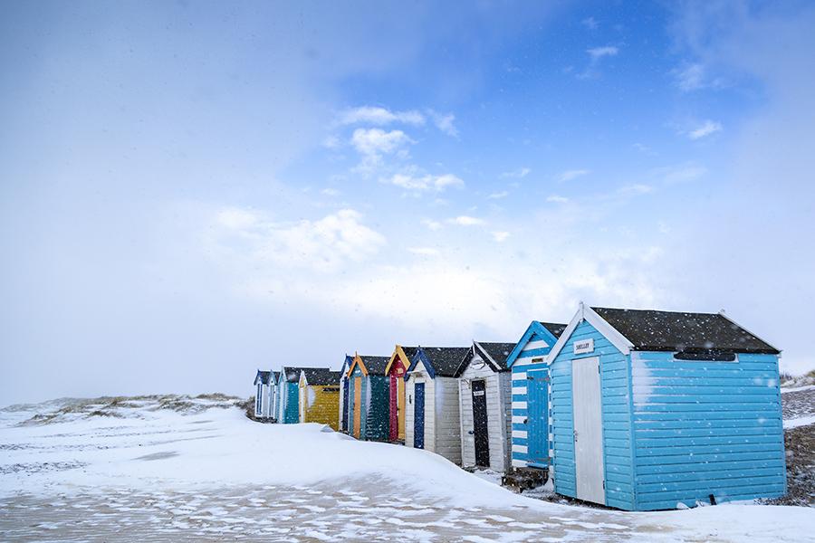 lo res snowy royal row southwold huts.jpg