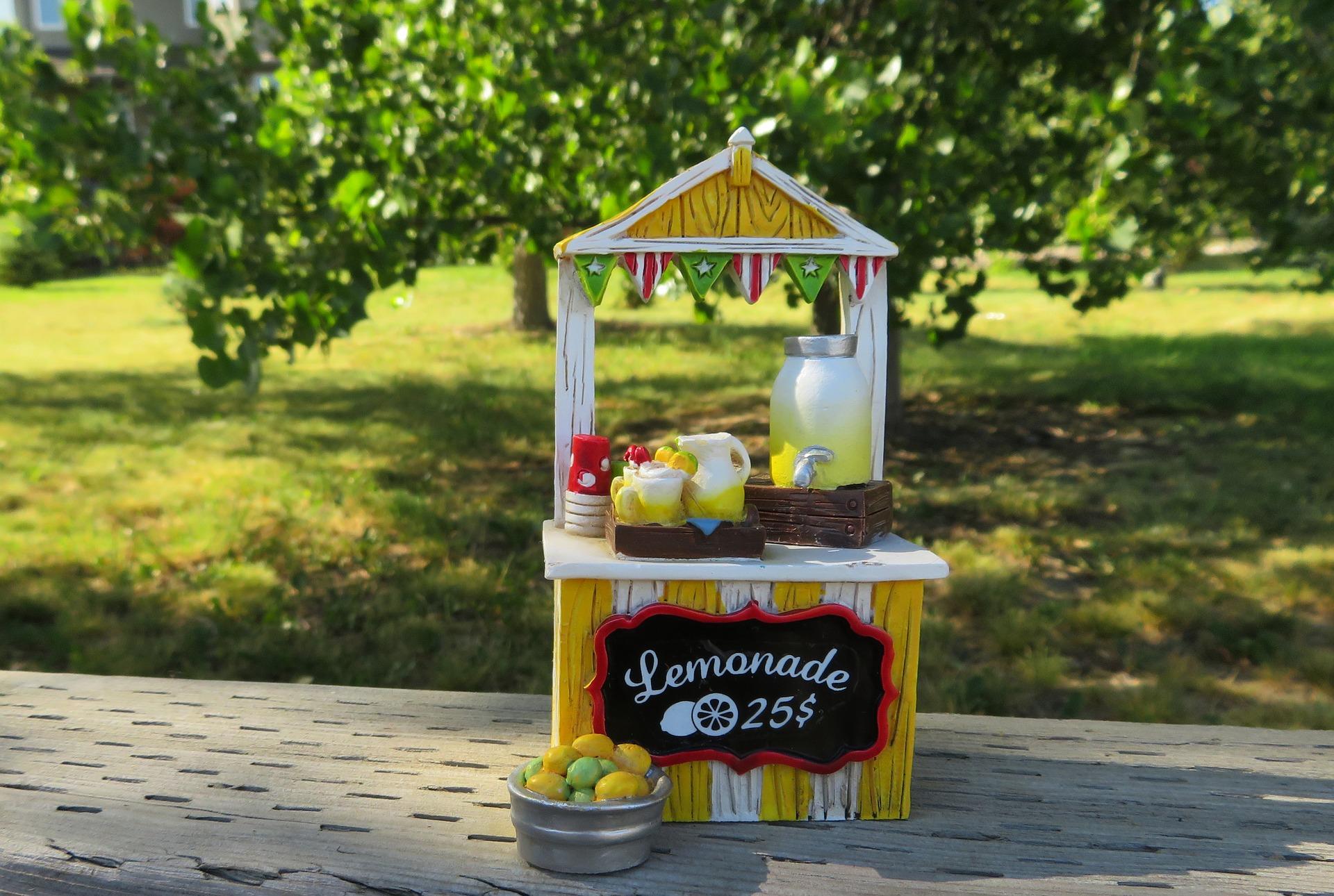 lemonade-stand-2483297_1920.jpg