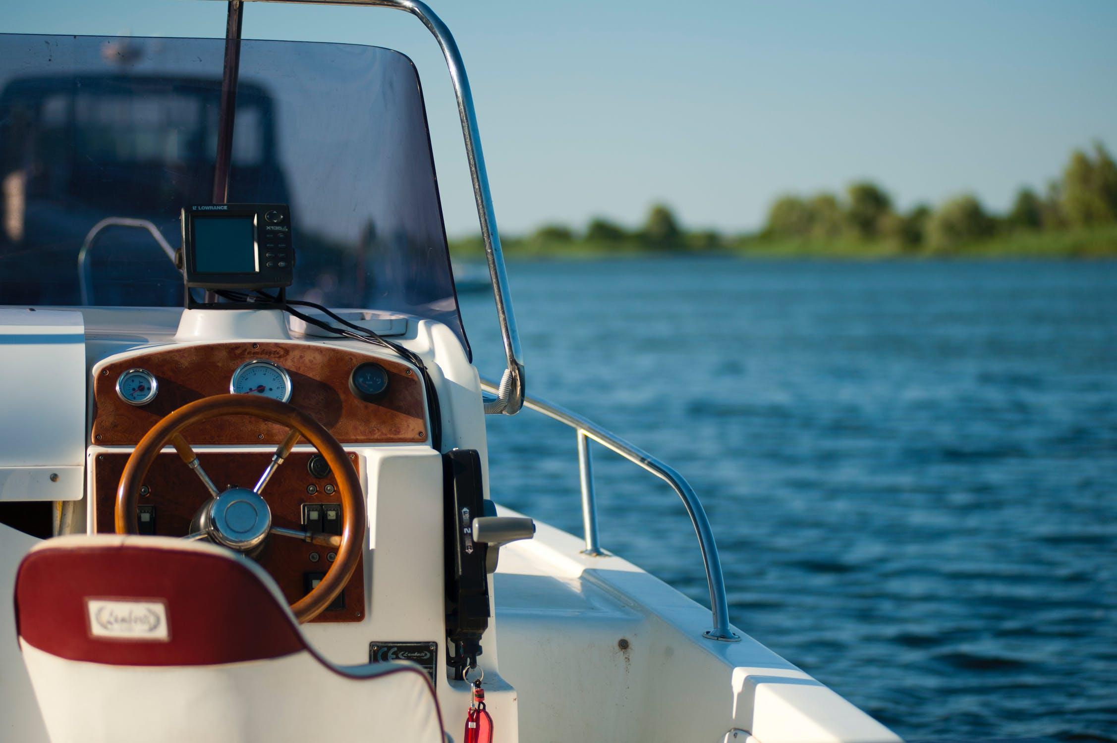 yacht WEEK -