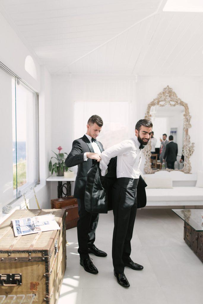 Mykons-wedding-photographers-4-684x1024.jpg
